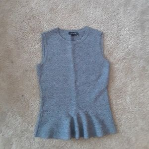 Ann Taylor no sleeve top